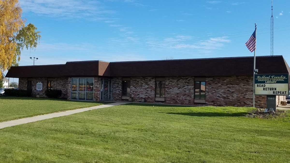 Image of Rauchholz Memorial Library in Hemlock Michigan