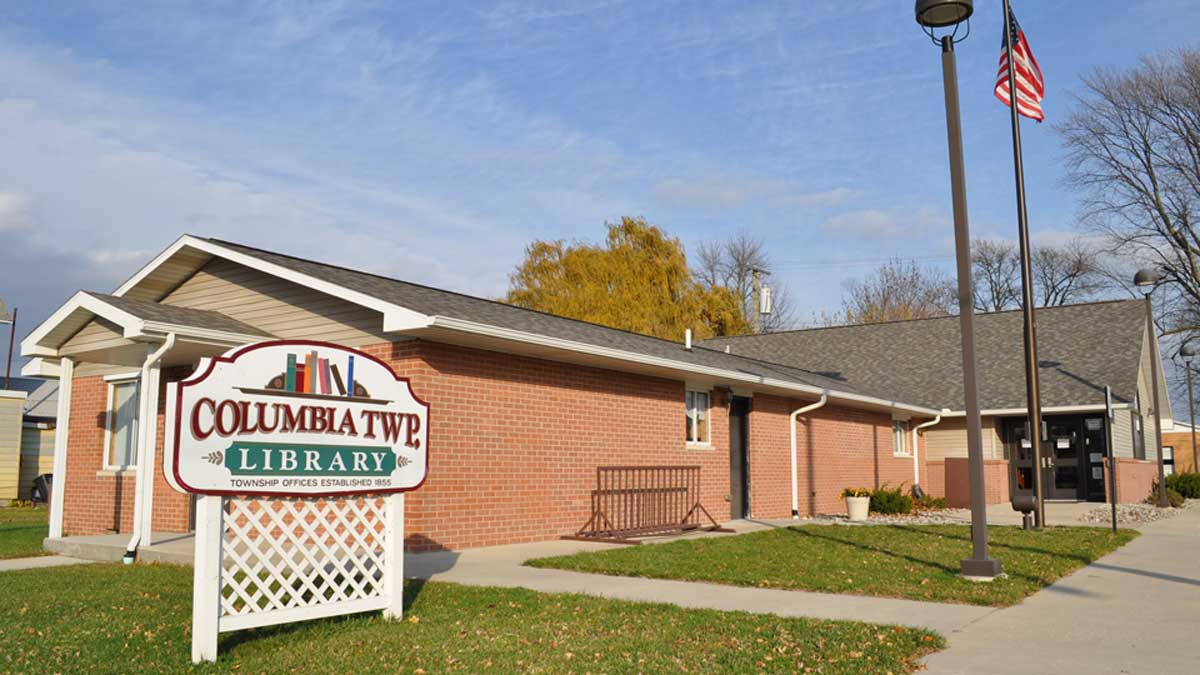 Image of the Columbia Township Library in Unionville Michigan